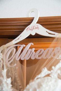 Umeras pt mireasa Cristina   #annecreeaza #umeras #weddingdetails   @annecreeaza Clothes Hanger, Weddings, Bride, Coat Hanger, Wedding Bride, Bridal, Clothes Hangers, Wedding, Marriage