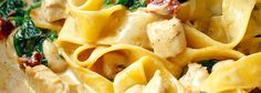 Makaron z kurczakiem i szpinakiem w sosie curry | Kwestia Smaku Calzone, Macaroni And Cheese, Recipies, Spaghetti, Pasta, Lunch, Dinner, Ethnic Recipes, Kitchen