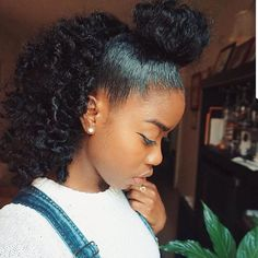 Easy Love your hair style http:twistout-with-tgin-hair-products-on-twa-natural-hair-video Cute Natural Hairstyles, Natural Hair Tips, Girl Hairstyles, Natural Hair Styles, Natural Curls, Hairstyles For Afro Hair, 1950s Hairstyles, Hairstyles 2018, Natural Hair Journey