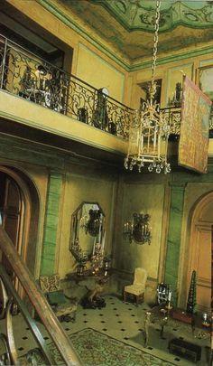 Edward VIII and Wallis Simpson (Duke and Duchess of Windsor)'s Villa on the Bois de Boulogne, Hall