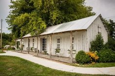 Outside of the Bridal Suite at The Milestone Barn in Bannister, MI - MyStyles White Bridal Shower, Bridal Shower Rustic, Barn Wedding Photos, Wedding Venues, Barn Weddings, Wedding Rentals, Bridal Party Color Schemes, Shower Dress For Bride, Bridal Gifts For Bride