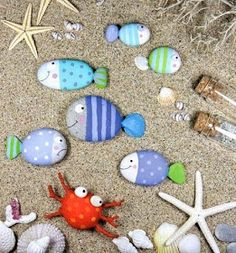 Coastal Decor, Beach, Nautical Decor, DIY Decorating, Crafts, Shopping | Completely Coastal Blog: Decorate with Painted Beach Rocks