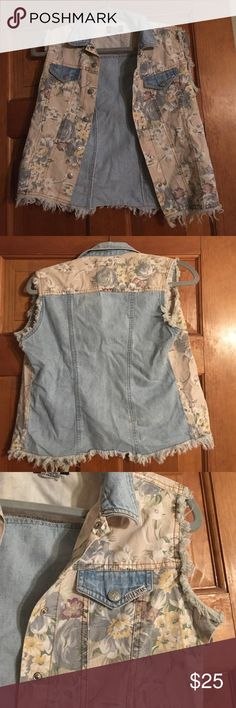 Vintage 1980's jean vest Vintage Denim and floral print button vest super cute blue star  Jackets & Coats Jean Jackets