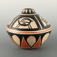 Tenorio, Robert – Jar with Antelope Santo Domingo
