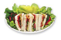 """BLT  Bacon, Lettuce (Insalata) & Tomato per un """"classico"""" leggero e saporito."""