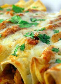 Low FODMAP & Gluten free Recipe - Chicken enchiladas (update) http://www.ibssano.com/low_fodmap_recipe_chicken_enchiladas.html