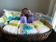 gift basket ideas 1 20 DIY gift baskets for any occasion (20 photos + links) #babygiftbaskets