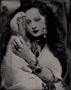 """"""" Looks like the work of French photographer Isa Marcelli. Seems she puts a lot of work into her photos……But seems to have forgotten to name the model. Look Vintage, Vintage Beauty, Vintage Ladies, Merle Oberon, French Photographers, Photomontage, Vintage Photographs, Belle Photo, Old Hollywood"""