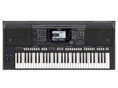 Teclado Musical Arranjador Yamaha PSR S 750 - 61 Teclas