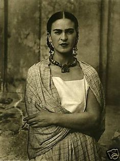 "frida kahlo. | ""I tried to drown my sorrows, but the bastards learned how to swim"" Frida Kahlo"