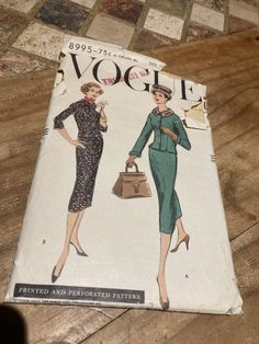 Vogue 8995