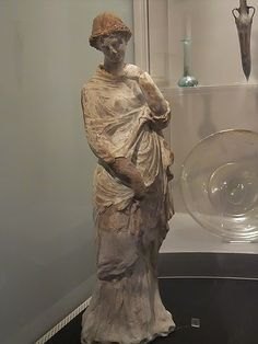Terracotta figurine of a woman or goddess possibly from a factory at Greek colony of Taranto 3rd century BCE (1)