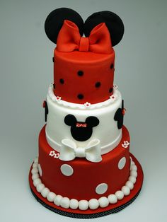 Mickey mouse Birthday Cake London http://www.pinkcakeland.co.uk #mickey #mouse #children #cake #london #surrey #kent #uk