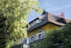 Haus Bergfalke: Sommerfrische auf dem Schifferberg, einem der höchsten Punkte in Ahrenshoop.  #Gästehaus #Bergfalke #Ahrenshoop