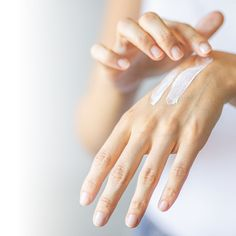Nouvelles Inventions, Bye Bye, Exfoliant, Dry Hands, Life Is Hard, Beauty Hacks, Skin Care, Delaware, Manhattan