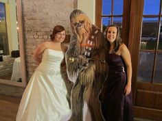 Add some photo op fun with a life-size cut-out | Offbeat Bride