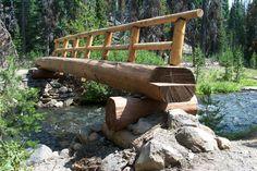USFS trail crew builds a log bridge over Fall Creek at Green Lakes Trail Head Pond Bridge, Garden Bridge, Wood Pathway, Small Bridge, Tree House Plans, Homestead Gardens, Green Lake, Home Landscaping, Garden Gates