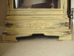 Example of yellow distressed painted furniture