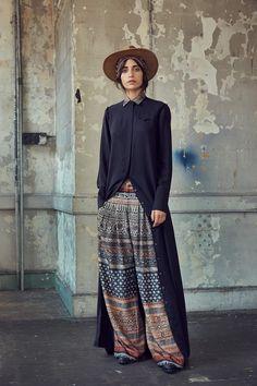 Gary Graham Spring 2017 Ready-to-Wear Collection Photos - Vogue Fashion 2017, Look Fashion, Runway Fashion, Spring Fashion, High Fashion, Fashion Show, Womens Fashion, Fashion Design, Fashion Trends