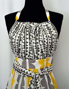 Download Urban Chic Apron Pattern Sewing Pattern | Aprons |