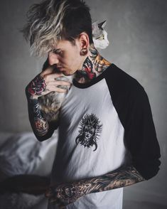 Boy Tattoos, Life Tattoos, Body Art Tattoos, Tattoos For Guys, Men Hair Color, Emo Guys, Man Dressing Style, Poses For Men, Perfect Boy