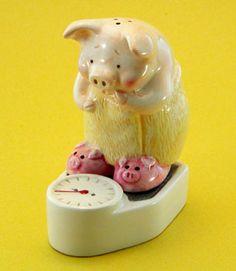 Piggy on Weighting Scale Salt & Pepper Shaker ~ * M Y * P I G G Y * C O L L E C T I O N *