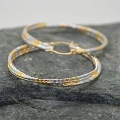 Σκουλαρίκια γυναικεία κρίκος σφυρήλατα Bangles, Bracelets, Gold Rings, Jewelry, Jewlery, Jewerly, Schmuck, Jewels, Jewelery