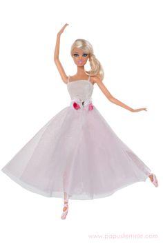 Barbie in Czech Republic Barbie Blog, Barbie Dolls, Emma Jane, Ballerina Doll, Different Dresses, Barbie Friends, Ballet Dancers, Fashion Dolls, Doll Clothes