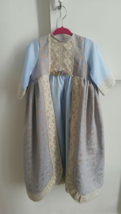 Traje niña renacentista por tetieros
