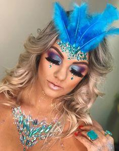 Maquiagem Carnaval - Famous Last Words Cheer Makeup, Rave Makeup, Festival Makeup Glitter, Glitter Makeup, Masquerade Mask Makeup, Make Carnaval, Carnival Outfits, Carnival Costumes, Cool Halloween Makeup