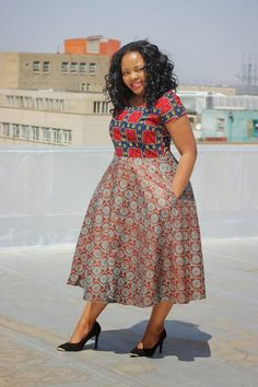 Tswana Designs & Fashion: Check this out - Bow Afrika Fashion**** African Fashion Designers, African Fashion Ankara, Latest African Fashion Dresses, African Print Dresses, African Dresses For Women, African Print Fashion, Africa Fashion, African Wear, African Attire