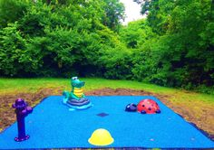 150 sq ft Daycare splash pad! Fresh water system using our exclusive splash pad platform system that allows us to install the safety surface at the time of the splash pad installation with out the 30 day wait that concrete mandates before you can seal it up.  You can have Fun, Safe and Colorful water play right away. The Fire Hydrant, Alligator, Ladybug and the ground nozzles the kids are going to be soaked on this splash pad!