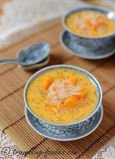 Mango Pomalo Sago by traveling-foodies Kinds Of Desserts, Cold Desserts, Sweet Desserts, Asian Snacks, Asian Desserts, Chinese Desserts, Mango Dessert Recipes, Snack Recipes, Yummy Recipes