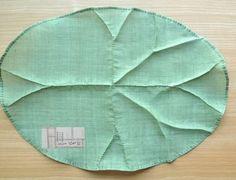 :: 모시 연잎 다포 :: 모시로 연잎 다포는 홈질과 공그르기만으로 만들수 있는 규방공예 과정 중 기초에 해...
