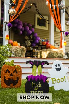 Halloween Games For Kids, Holidays Halloween, Easy Halloween, Halloween Jack, Outdoor Halloween, Halloween 2020, Halloween Porch Decorations, Diy Halloween Decorations, Halloween Doorway
