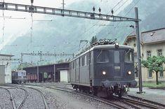 Swiss Railways, Electric Train, Electric Locomotive, Trains, Photo And Video, World, Train Station, Switzerland, The World
