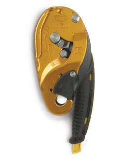 An excellent descender for working on rope, the Petzl I'D's auto-locking feature combines with a locking position for the handle. Urban Survival, Wilderness Survival, Camping Survival, Camping Gear, Outdoor Camping, Backpacking, Rock Climbing Equipment, Rock Climbing Gear, Trekking