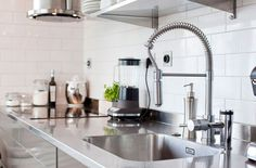 Versatile Kitchen Blender  -  One of the most versatile kitchen appliances are the blenders. A kitchen blender is known as an electrical device that has a swirling blade for liquef... Check more at http://www.xtend-studio.com/19100-versatile-kitchen-blender/