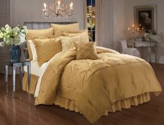 Kardashian Kollection New York Dreamer Bedding Gold Comforter Set, Gold Bedding, Kardashians House, Elegant Bedroom Design, Condo Interior, Kardashian Kollection, Kourtney Kardashian, Awesome Bedrooms, Bedroom Styles