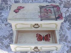 Upcycled Vintage Shabby Chic Jewelry Box, Painted Cream Jewelry Box, Wooden Jewelry Box