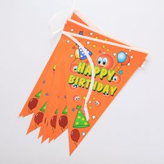 1Pc New Hot Triangle Banner Bunting Garlands Birthday Party Event Garden Flags Decoration High Quality - http://toysfromchina.net/?product=1pc-new-hot-triangle-banner-bunting-garlands-birthday-party-event-garden-flags-decoration-high-quality