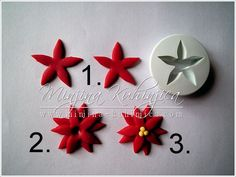 Christmas flower cupcake picture tutorial. Really simple and pretty.