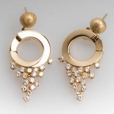 Roberta Porrati Diamond Drop Dangle Earrings 18K Yellow Gold Sparkly Jewelry, Jewelry Design, Designer Jewelry, Crown Jewels, Cocktail Rings, Vintage Earrings, Jewelry Stores, Dangle Earrings, Dangles