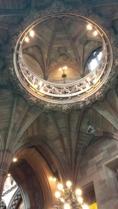 The stunning John Rylands Library, Manchester. Manchester Uk, Beautiful Places To Visit, Libraries, Ceilings, Conservation, The Incredibles, City, Awesome, Cathedrals