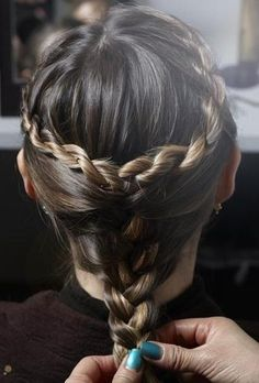 What Would Khaleesi Wear?  Game of Thrones Braid How-To Twist strand on each side, add small pieces as you go. When meeting at the nape of your nape, pull together and loosely braid how you like.