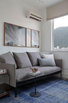 Home Decor Cozy Sof-cama assinado por Guilherme Wentz, da Novo Ambiente Cheap Diy Home Decor, Decorating Small Spaces, Interior Decorating, Interior Design, Home Room Design, Home Design Plans, Luxury Home Decor, Luxury Homes, Rich Home