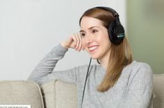 Find out why and how listening to music is good for your health in this awesome article from Ambient Mixer. Surprising facts about listening to music Wireless Headphones For Tv, Girl With Headphones, Best Headphones, Think Big, Basic German, What Is Affirmation, Learning German, Teaching English, Learn English