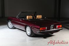 Completed & Ready to Ship - Alfaholics Spider R – 013 Alfa Gtv, Alfa Alfa, Alfa Romeo 159, Alfa Romeo Spider, Dream Garage, Cool Designs, Ship, Classic, Building