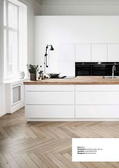 Discover recipes, home ideas, style inspiration and other ideas to try. Rustic Kitchen Design, Home Decor Kitchen, Kitchen Interior, Home Kitchens, Küchen Design, Interior Design, Cuisines Design, Kitchen Styling, Kitchen Remodel