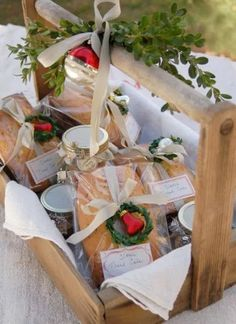 Food Gifts: Unique Christmas Ideas for the Holidays. From chocolate bark, fruit baskets, homemade soups and more. See these food gifts to give this season. Christmas Food Gifts, Christmas Gift Baskets, Homemade Christmas Gifts, Christmas Goodies, Christmas Baking, Homemade Gifts, Holiday Gifts, Christmas Holidays, Christmas Crafts